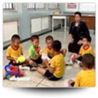 การให้ความช่วยเหลือเด็กที่บกพร่องทางการเขียน: การชดเชยในห้องเรียน 14/07/2009